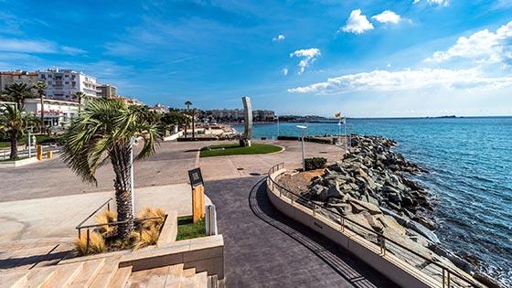 slider_tourisme_st_raphael_promenade-location_appartement-saint_raphael-cote_d_azur-residence_le_mediterranee
